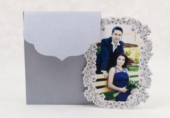 Invitatie nunta personalizata decupata laser in forma speciala