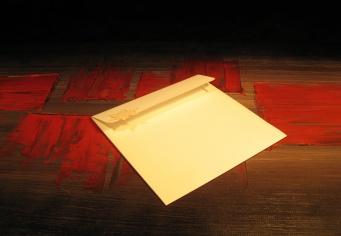 Plicuri rectangulare realizate la comanda din hartie speciala