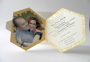Invitatii forme speciale fagure Albinuta