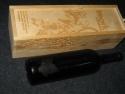 Cutie din lemn si sticla de vin gravate laser