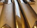 Detaliu personalizre prin gravura mecanica a obiectelor promotionale din metal