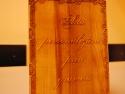 Dupa gravare placa din lemn poate fi lacuita