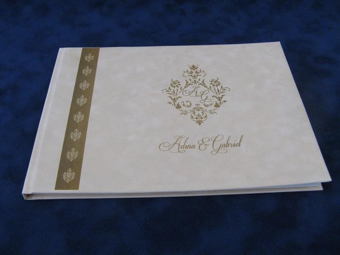 Carti de oaspeti personalizate pentru nunta
