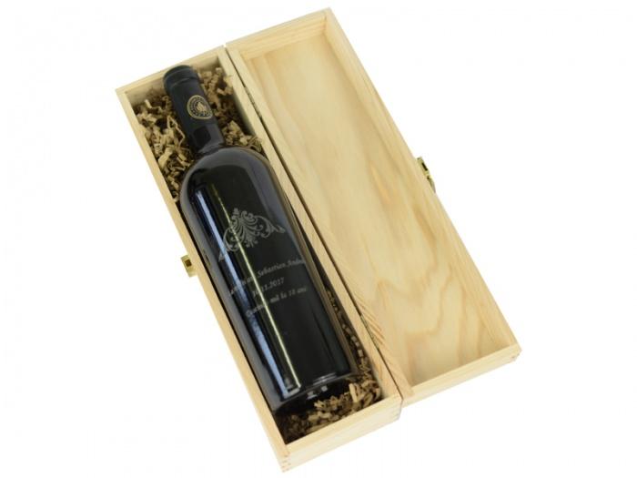 Cutie de vin cu capac